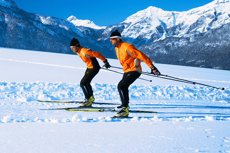 Cross-country-skiing school